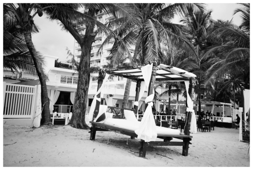 Queen Bed, Isla Verde, PR, May13