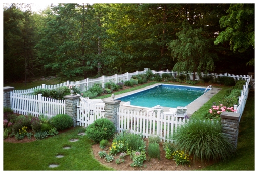 Better Homes & Gardens, Pool Upstate, May13