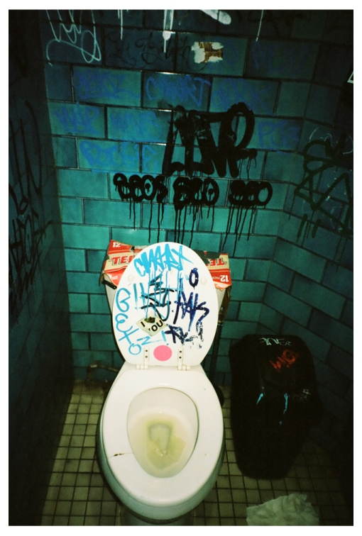 Toilet, Piss, Grafitti @ Commodore AUg13