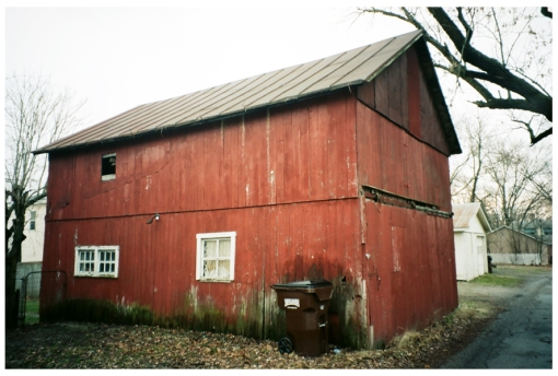 Red Barn, Lebanon, Dec13